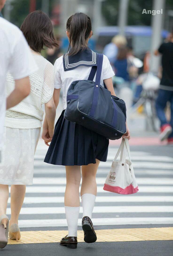 見てるだけで癒やされる日常生活を送る女子高生画像wwwwwwww i8NXLQw