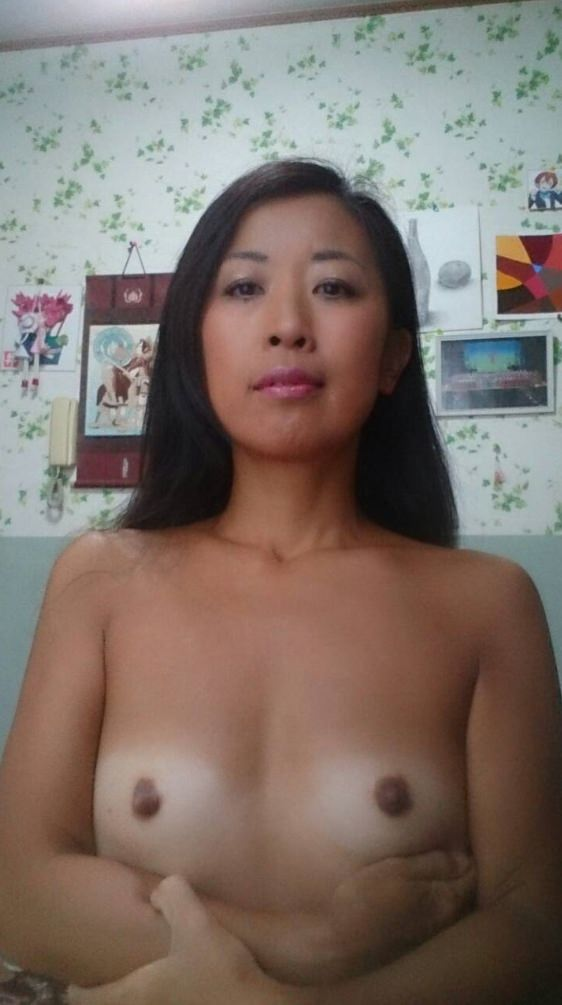 おっぱい小さいけど乳首は立派に育った彼女の貧乳エロ画像!!!!!!!!!!!! 0523