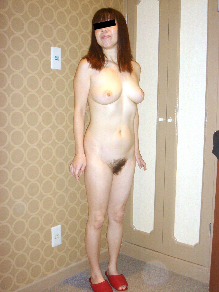 50代熟女でも衰えないセクシーボディの全裸エロ画像wwwwwwww 3008