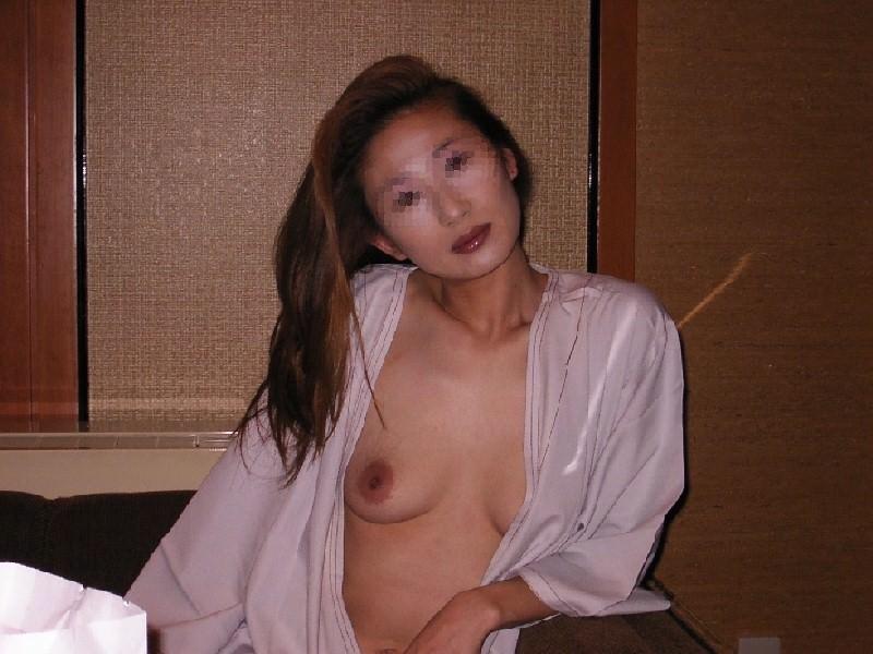 50代熟女でも衰えないセクシーボディの全裸エロ画像wwwwwwww 3018