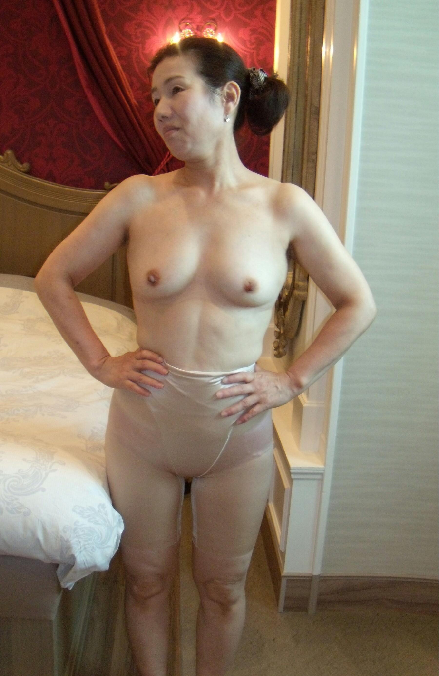 熟女 顔出し 裸 性癖エロ画像 センギリ