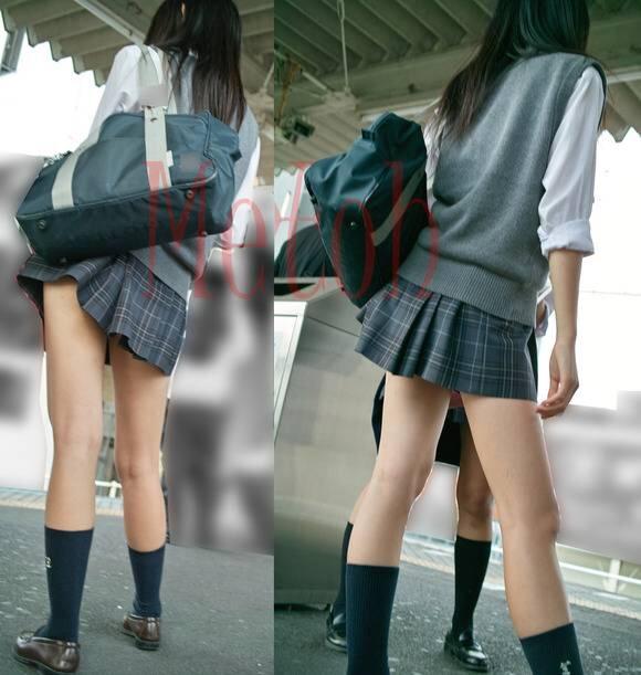 スクールバックでスカートめくれてるJKパンチラ画像wwwwwwwwwww gcf8vJe