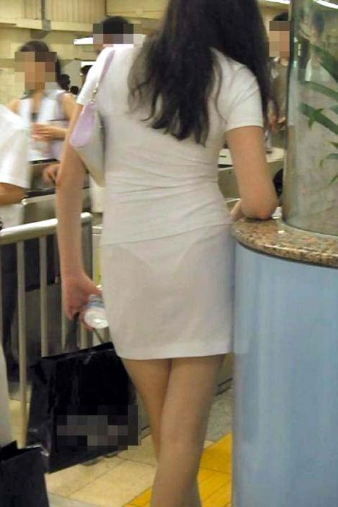 街で女のお尻を直視するのがワイの嗜み!高確率で透けパンツに出会えるぞぉーwww 1148
