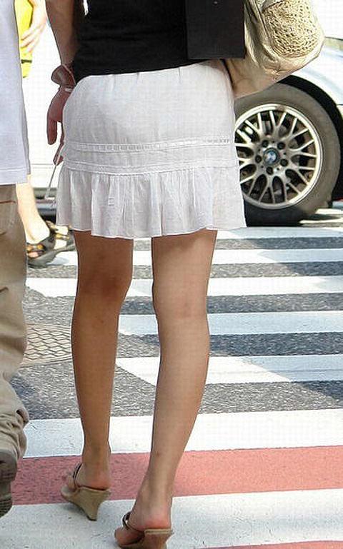 街で女のお尻を直視するのがワイの嗜み!高確率で透けパンツに出会えるぞぉーwww 1158