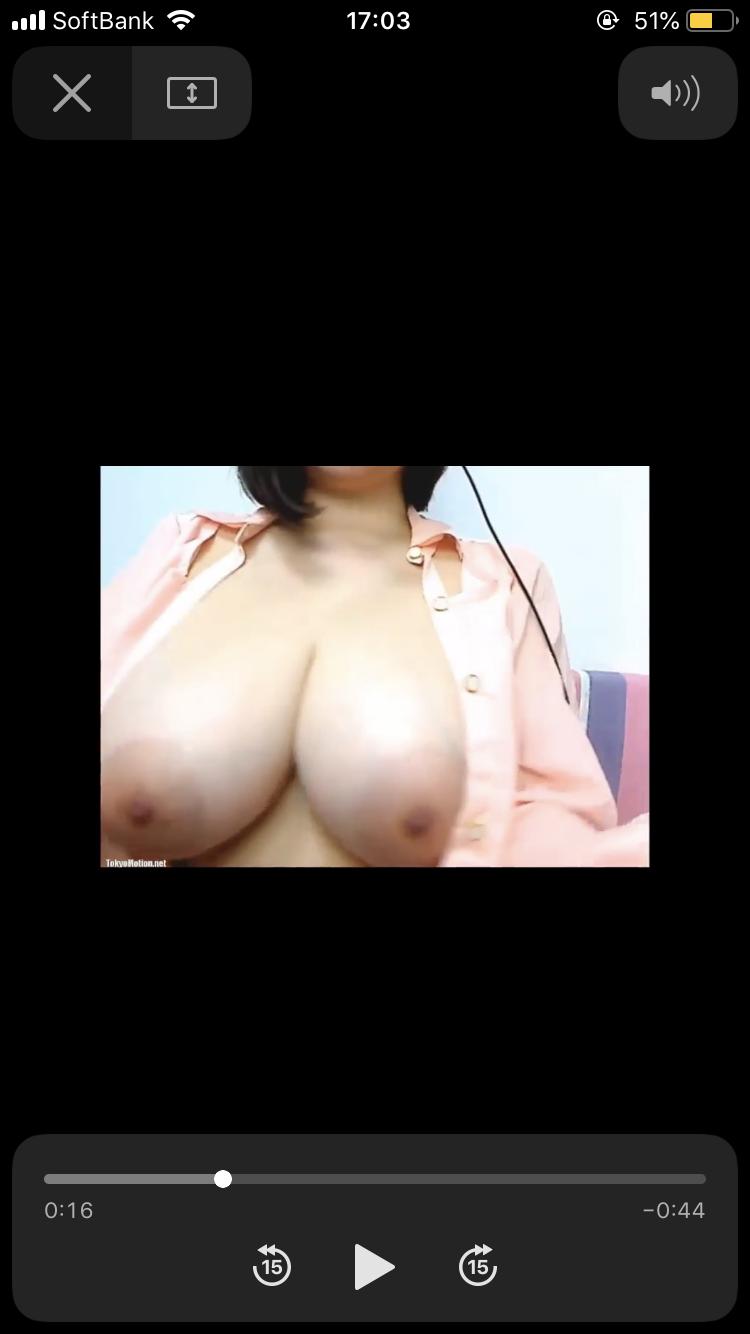 ワイの彼女、この巨乳おっぱいは何カップでしょうか???????????? rD0pXtt