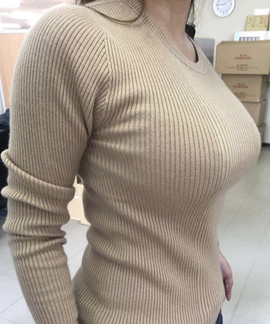 ワイの彼女、この巨乳おっぱいは何カップでしょうか???????????? x4ovu88