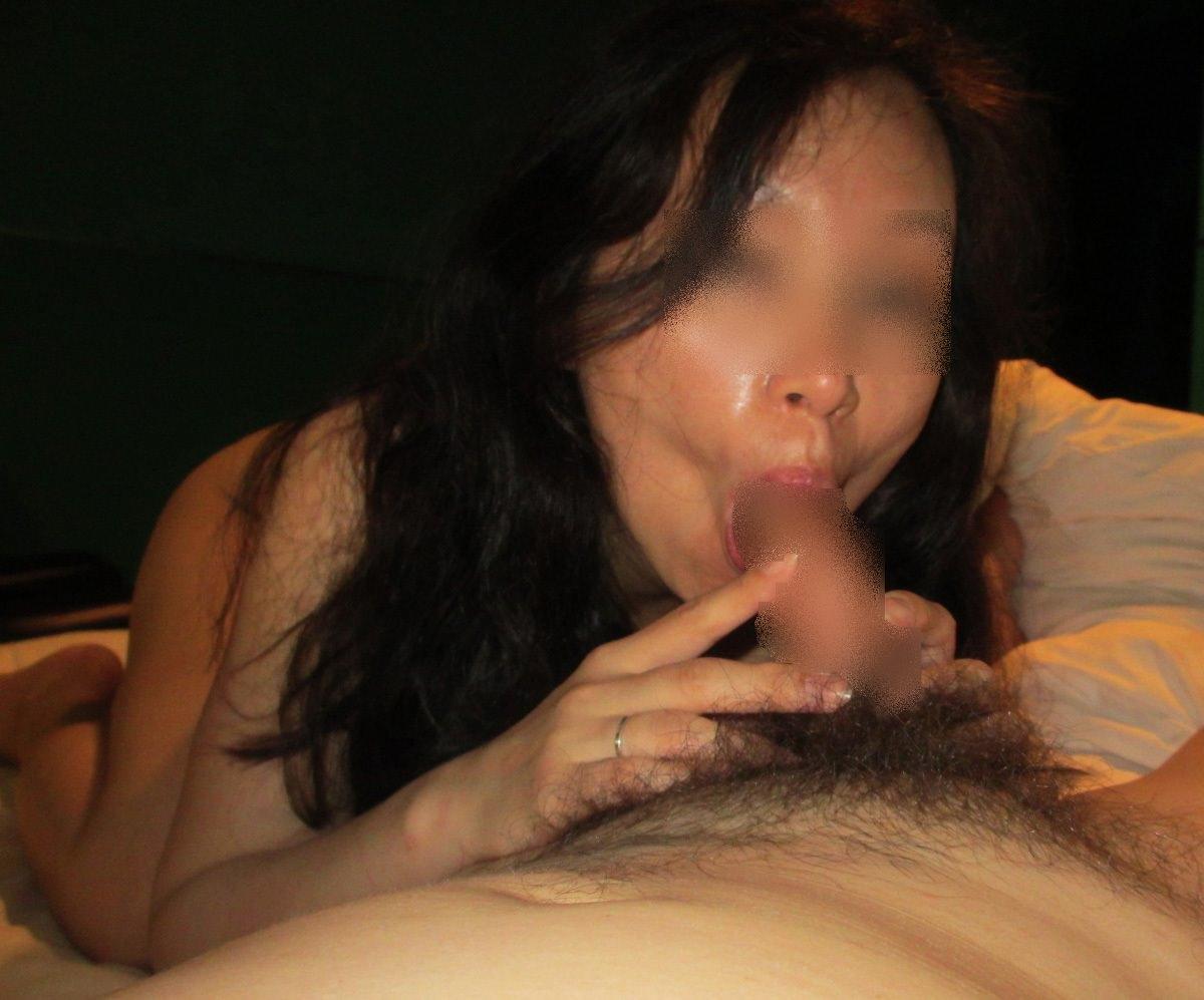 30代人妻の100点満点のスケベフェラ顔画像wwwwwwwwww 1116