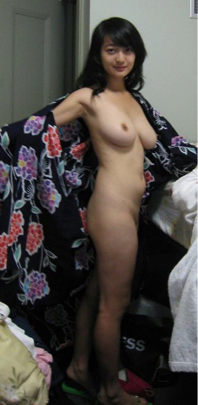 素人娘の全裸と普段着の比較画像とかいうめっちゃ抜けるエロ画像wwwwwwwwwwww SgnUiCi