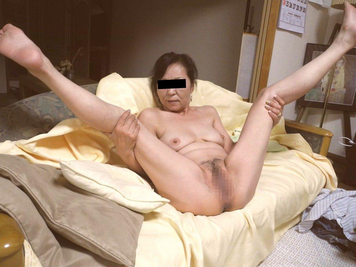 熟女の崩れた裸体ってホントえっちだよなぁーwww50代ポッチャリ系おばさんのエロ画像 1101