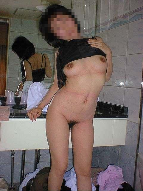 熟女の崩れた裸体ってホントえっちだよなぁーwww50代ポッチャリ系おばさんのエロ画像 1119