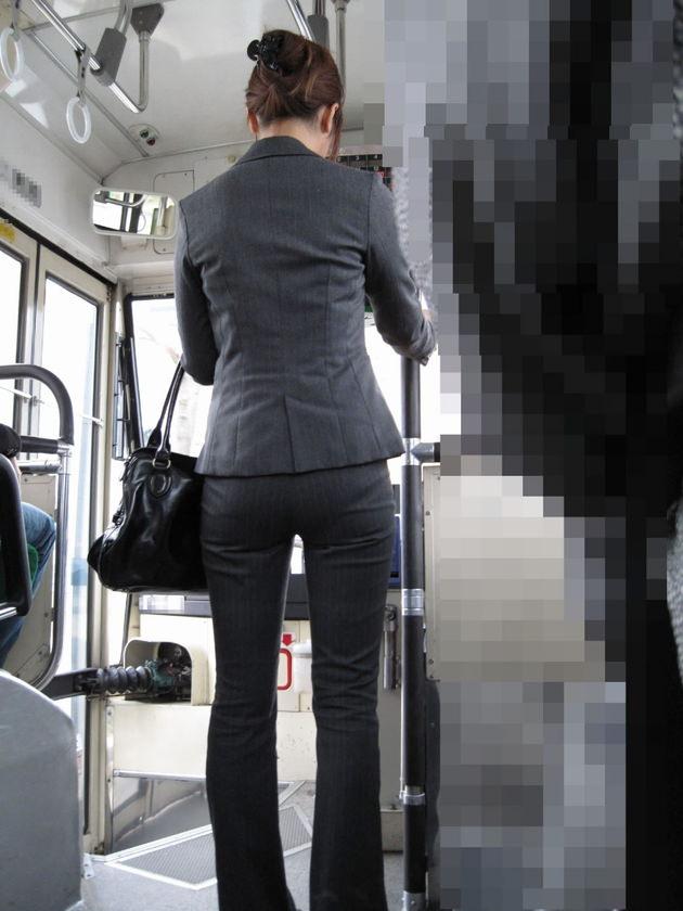 素人女性のお尻って着衣尻が一番魅力的だと思うよな??????????????? 2a8U5dP