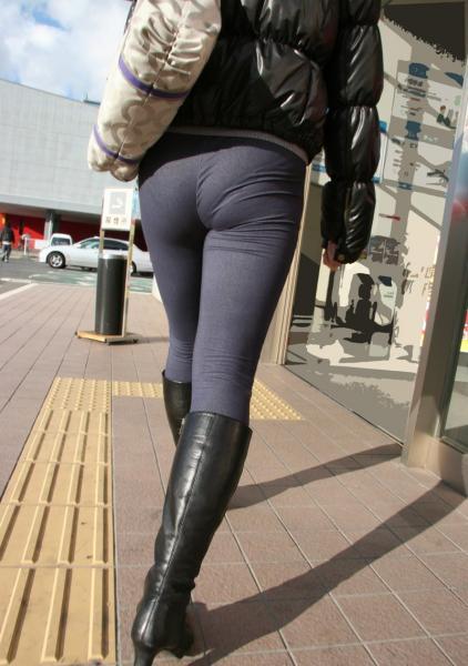 素人女性のお尻って着衣尻が一番魅力的だと思うよな??????????????? 7QoS0CH