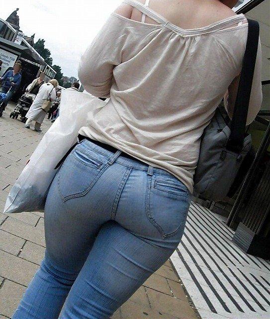 素人女性のお尻って着衣尻が一番魅力的だと思うよな??????????????? BdmCpx3
