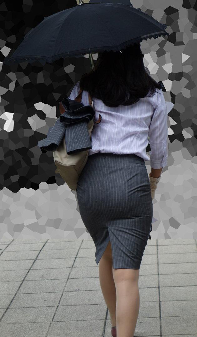 素人女性のお尻って着衣尻が一番魅力的だと思うよな??????????????? JVdworP