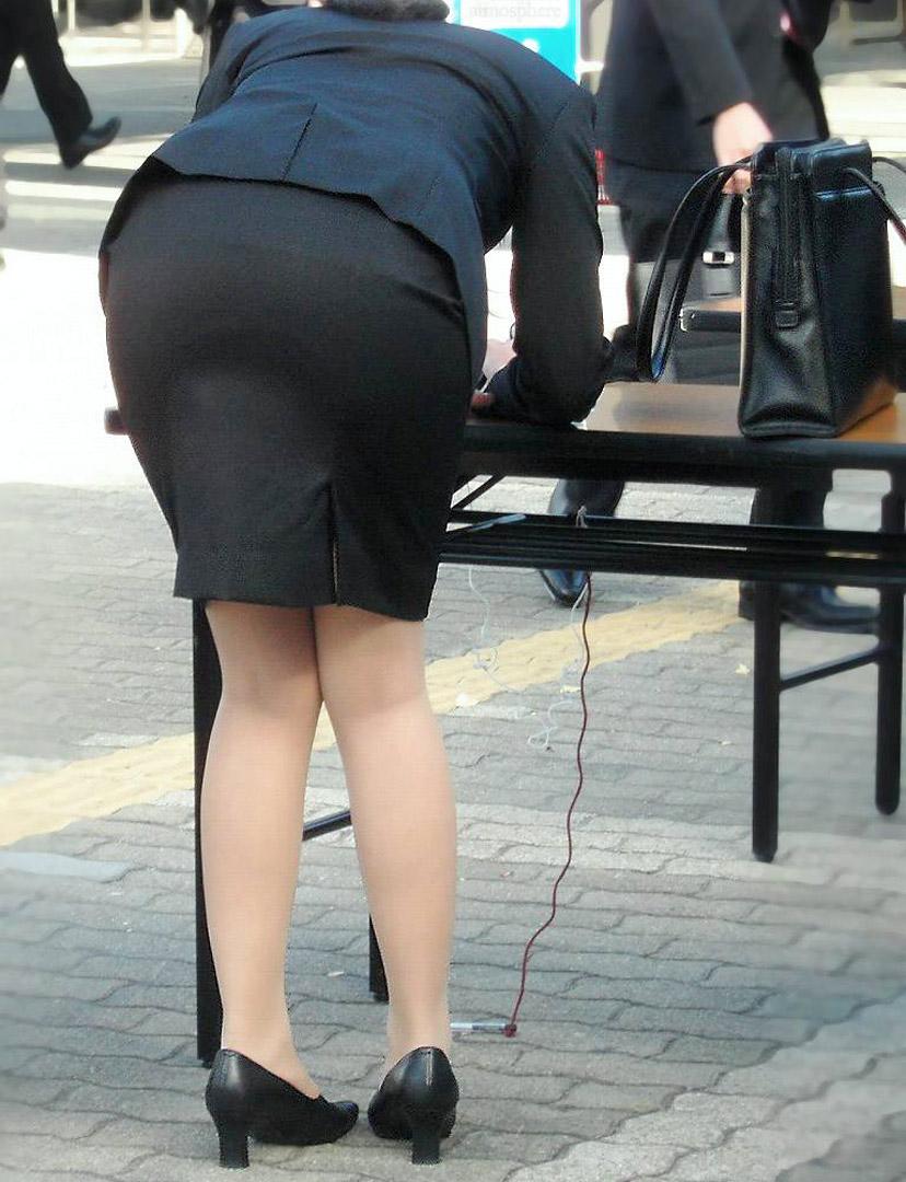 素人女性のお尻って着衣尻が一番魅力的だと思うよな??????????????? V5P0XI4