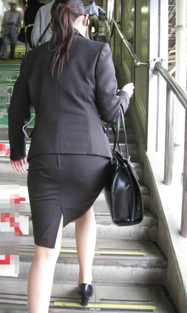 素人女性のお尻って着衣尻が一番魅力的だと思うよな??????????????? Y44rROj