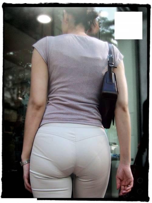 素人女性のお尻って着衣尻が一番魅力的だと思うよな??????????????? dOheBWO