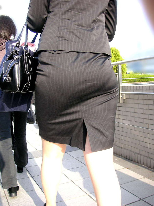 素人女性のお尻って着衣尻が一番魅力的だと思うよな??????????????? mBAs3qW