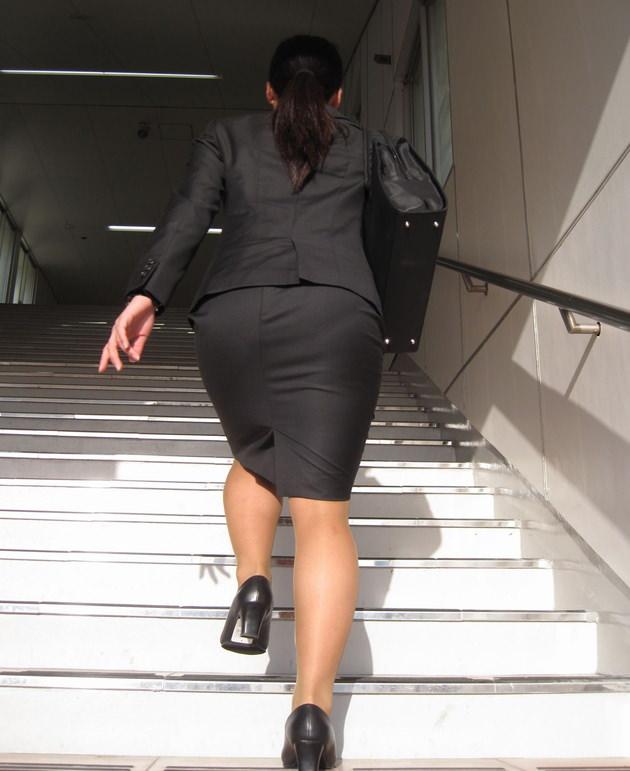 素人女性のお尻って着衣尻が一番魅力的だと思うよな??????????????? rTx7HnY