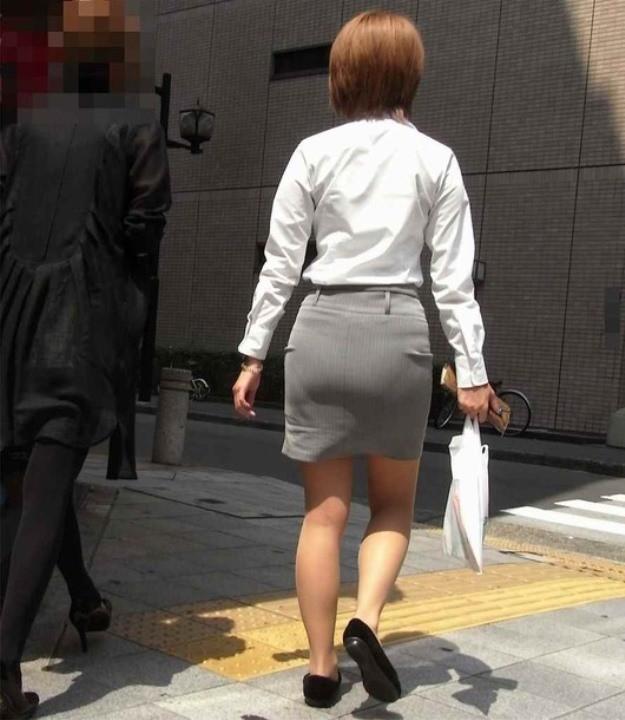素人女性のお尻って着衣尻が一番魅力的だと思うよな??????????????? sBCB7o5