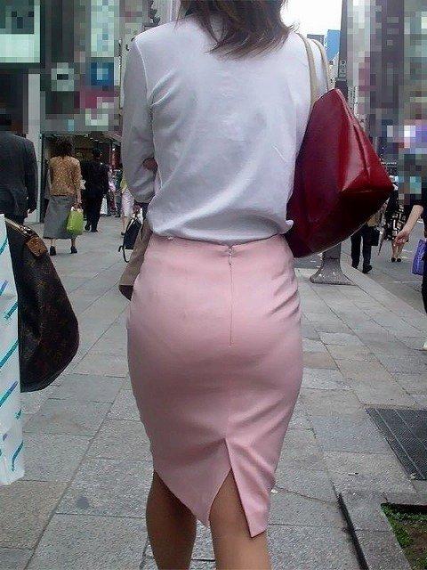 素人女性のお尻って着衣尻が一番魅力的だと思うよな??????????????? sP6UNxU