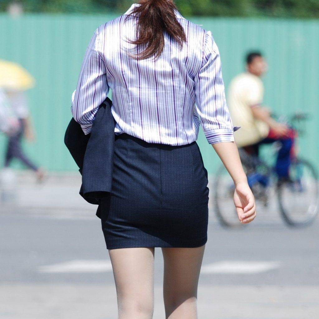 素人女性のお尻って着衣尻が一番魅力的だと思うよな??????????????? tdwrEx6