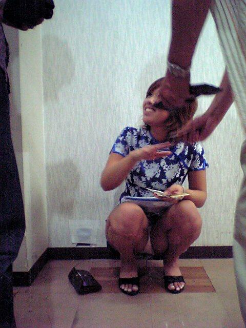大学生のヤリサーエロ過ぎだろぉーwww飲み会中にフェラしてトイレでセックスとか最高じゃんwww 0458