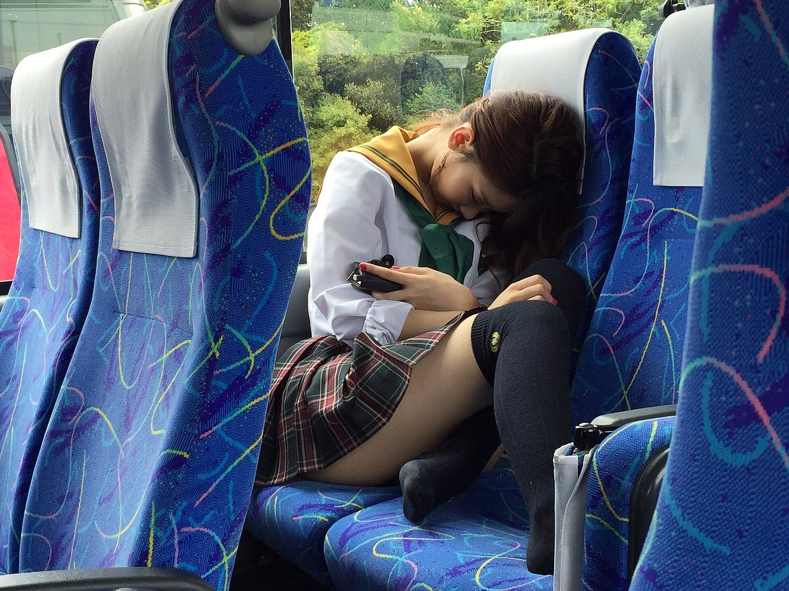 素人の女の子を街撮りしたエロ画像をくださいwwwwwwwwwwwwww SsSV6Mj