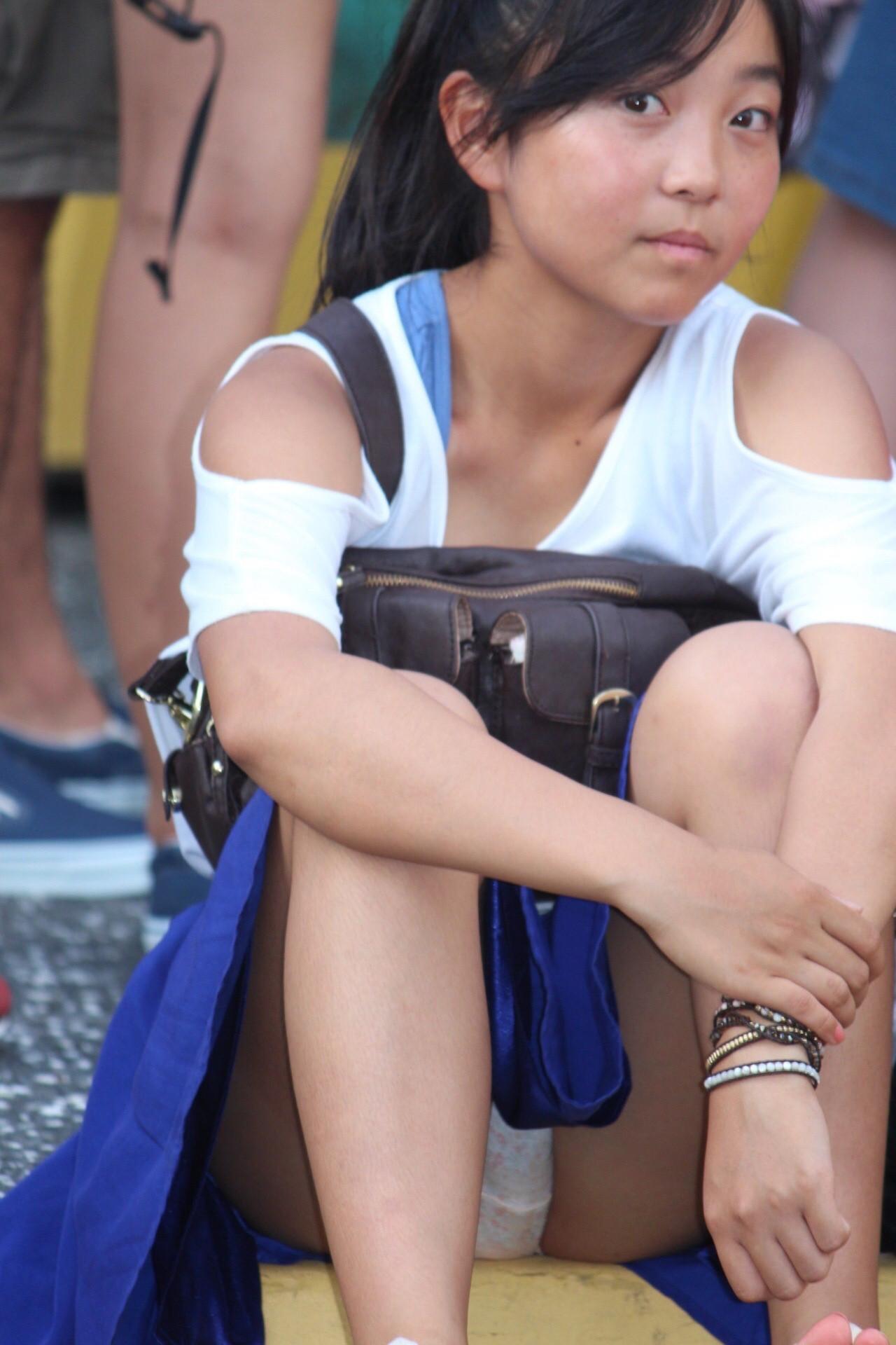素人の女の子を街撮りしたエロ画像をくださいwwwwwwwwwwwwww eZC1cpU