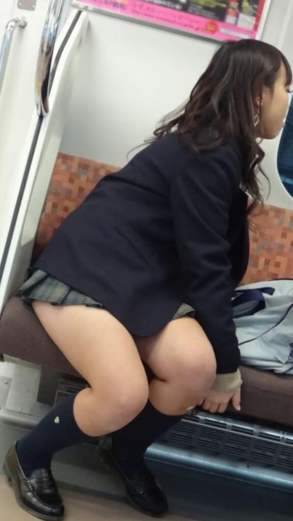 女子高生が大好きな変態紳士が厳選したJKエロ画像!!!!!!!!!! cp239DX