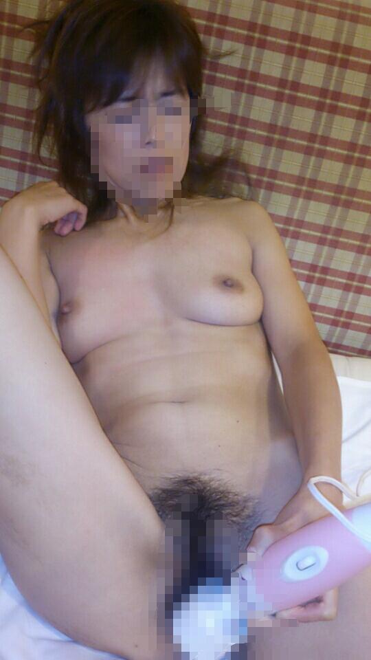 素人40代!艶っぽい美熟女のガチオナニー画像 1486