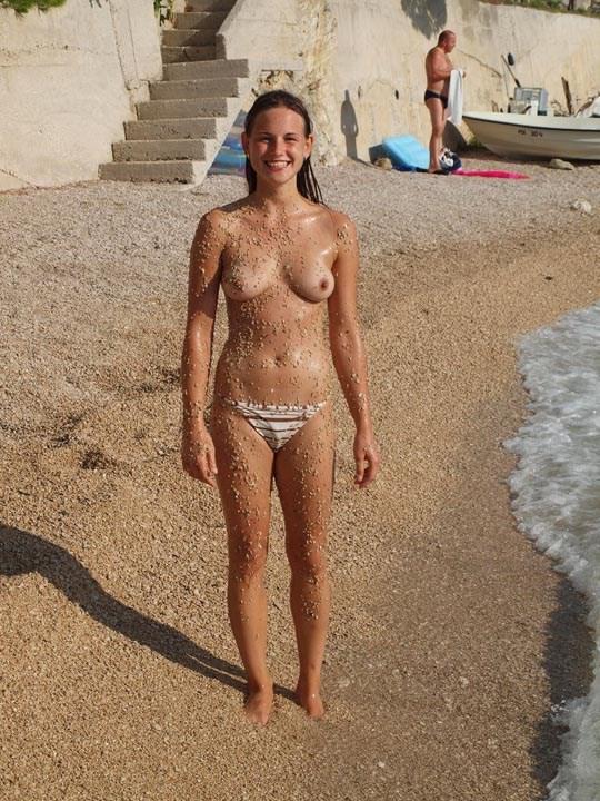 海外女性白人様のパフィーニップルとかいうおっぱい乳首の頂点見せてくーwwwwwwwwwwww kXl0fq4