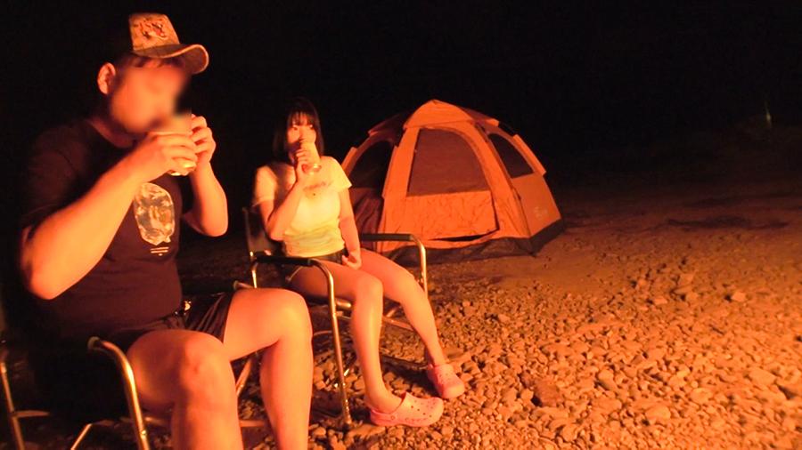 キャンプ場で遊んで飲んで巨乳女子をテントでハメちゃったぁーwww解放感と激しめのセックスに声が漏れまくりで汗だくでしたぁーwww 1608