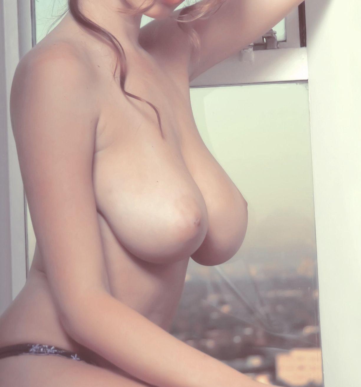 ロシア人の白人美女の巨乳おっぱい、えろすぎるwwwwwwwwwwwwwwwwwwww u7hahGq