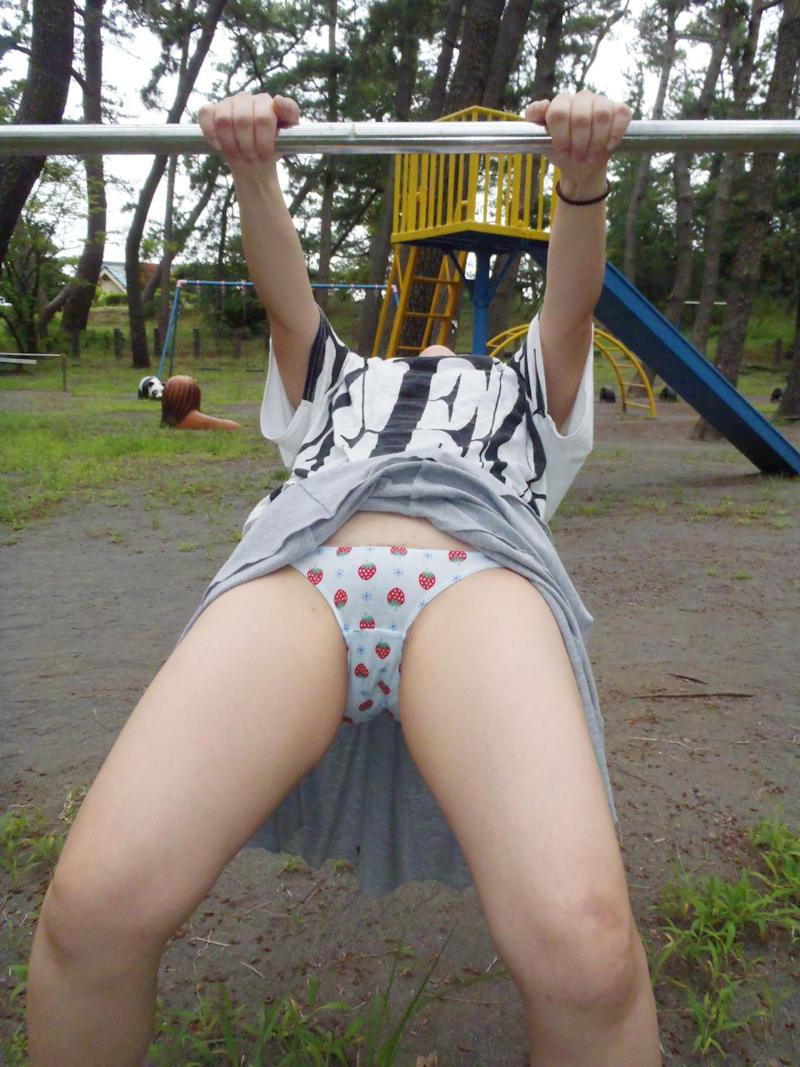 パンツ姿の女の子に股間がもっこりするスレwwwwwwwwwwwwwwwwwww BCe6O