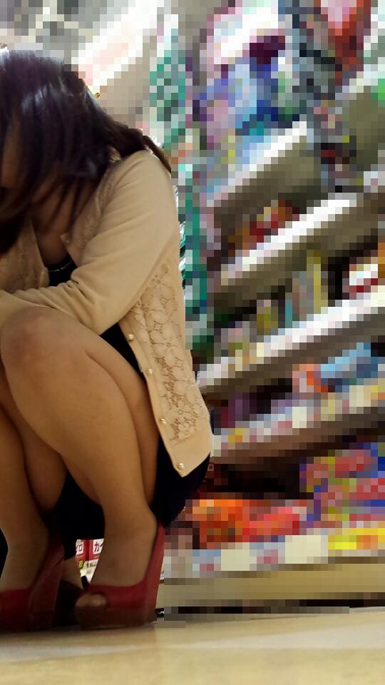 パンツ姿の女の子に股間がもっこりするスレwwwwwwwwwwwwwwwwwww pRpqzQJ