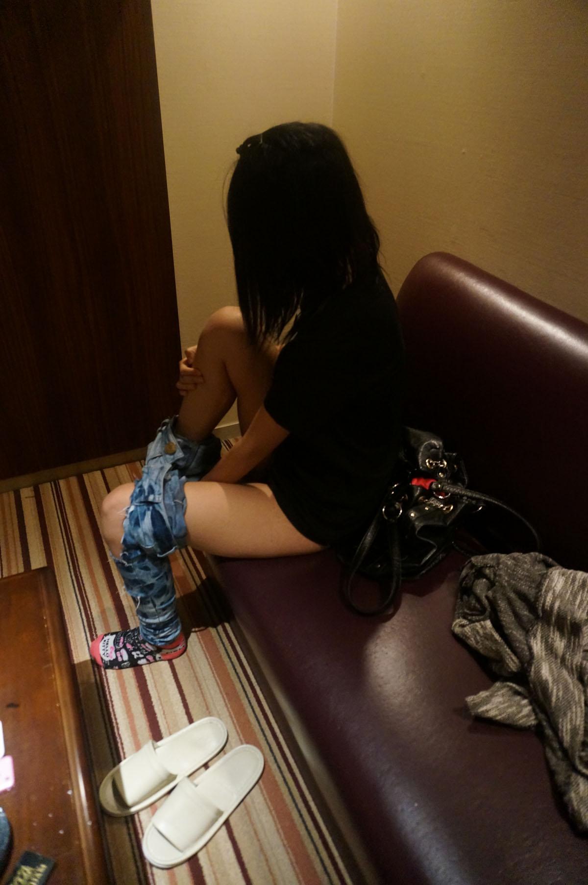 デリヘル呼んだらめっちゃ可愛い嬢が来たから隠し撮りしたぜぇーwwwwwwwwww 2559