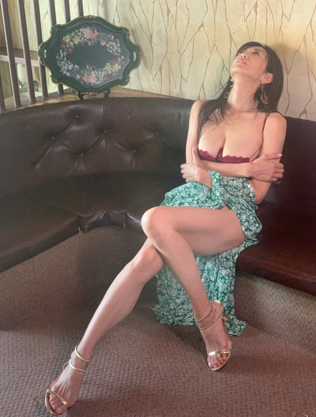 体のラインがエロい下着姿の女体画像wwwwwwwwwwwwww o1080142814878732502