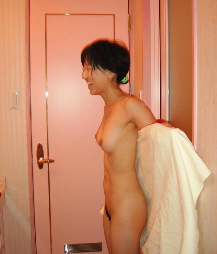 ラブホでセックス事後の彼女とまったりしてる素人エロ画像wwwwwwww 7K4HkXP76268RjW