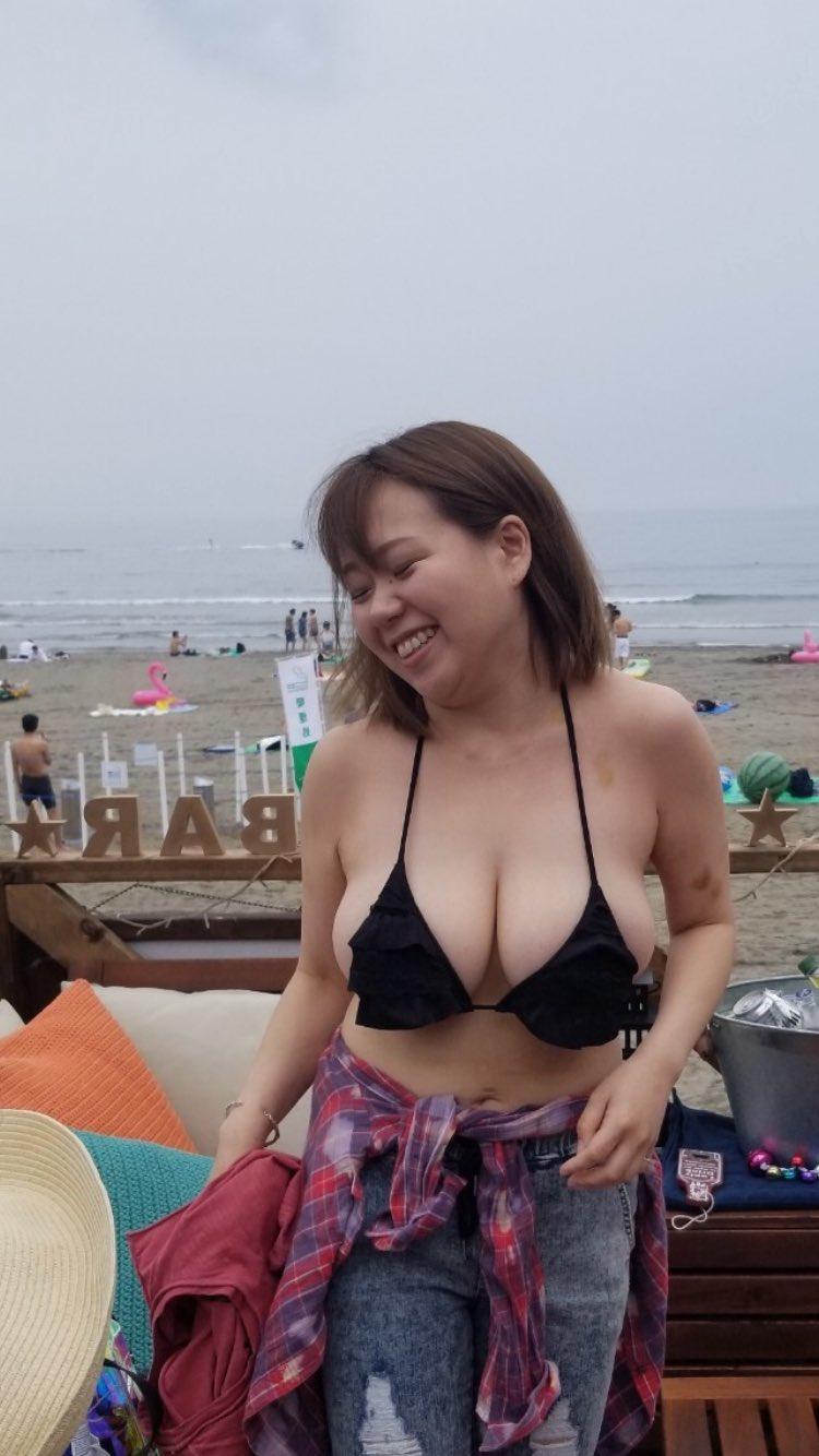 ギリでセックスできそうな巨乳ブス女wwwwwwwwwwww 6Jd5G7a