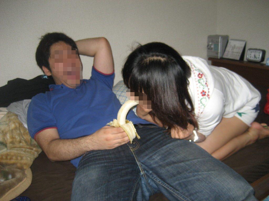 ヤリサーで酒が入ると男女が乱れるエロ画像 E2ubzNRb1wNk4V