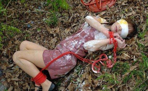 ガチ素人がレイプされてる風ヤバいエロ画像 010f766e