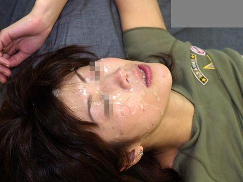 セフレにおもいっきりザーメン顔射ぶっかけされた素人エロ画像 0a979bcd