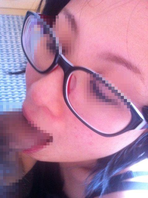 モテると勘違いした地元では有名なヤリマン肉便器素人娘のエロ画像 10241178