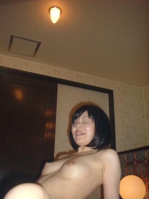 出会い系を利用してエッチした素人娘とのハメ撮りエロ画像 12c2da5e