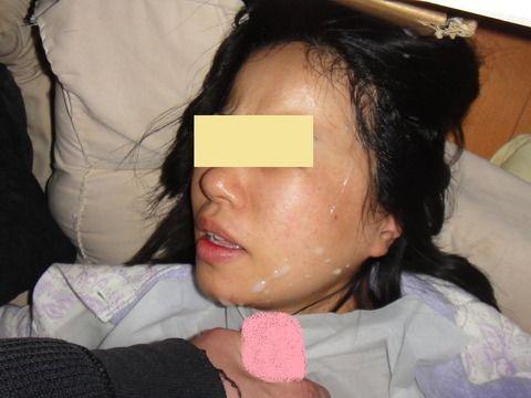 セフレにおもいっきりザーメン顔射ぶっかけされた素人エロ画像 25041069