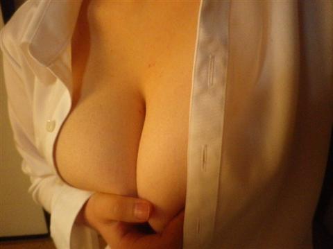 やっぱり男は巨乳が好きなのでおっぱいのエロ画像 26aa5ab4