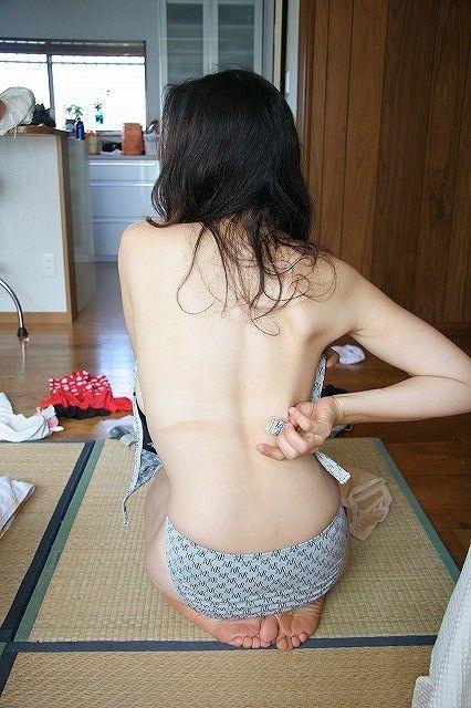 自宅で撮影されたお尻とかおっぱいの素人エロ画像 33dc0859