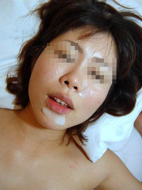 セフレにおもいっきりザーメン顔射ぶっかけされた素人エロ画像 40bf3974