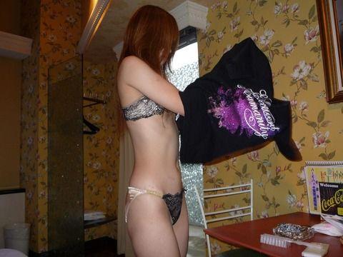 ラブホ連れ込んでワンナイトラブした素人娘とのハメ撮りエロ画像 4341c82d